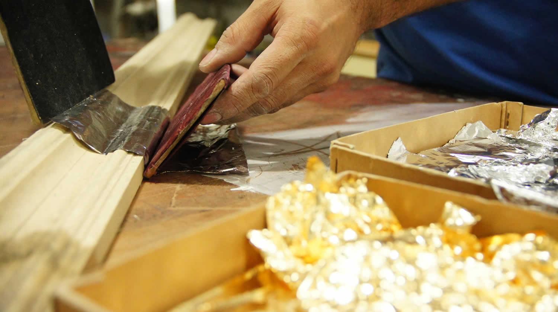 Da madeira à moldura: passo a passo do processo de produção